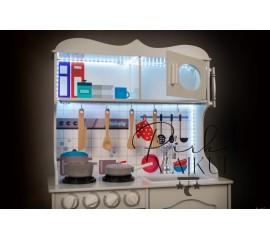 Medinė virtuvė Vintage MINI su LED apšvietimu